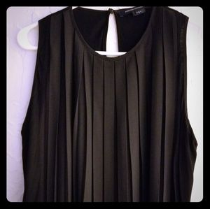 Gorgeous pleated French Connection dress